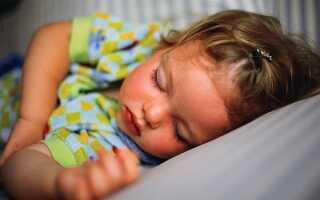 Причины холодного пота у ребенка во время сна: когда бить тревогу