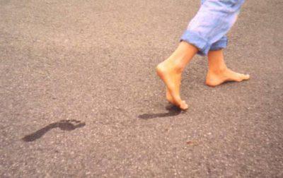 Эффективные средства от потливости и запаха ног