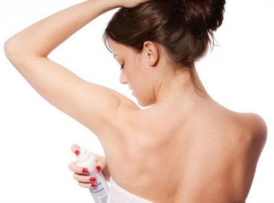 Избавляемся от запаха пота под мышками навсегда в домашних условиях: причины и способы устранения