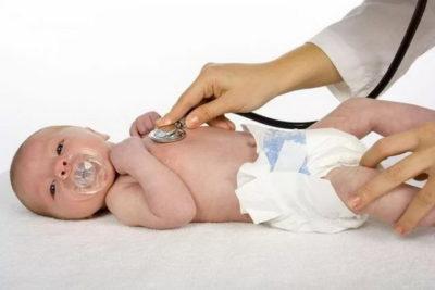 У ребенка холодный пот - что следует проверить в первую очередь