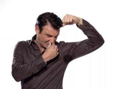 Почему пот стал пахнуть уксусом и как решить эту неприятную проблему?