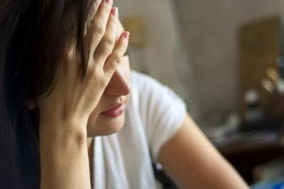 Причины появления кислого запаха пота у человека и лечение патологии