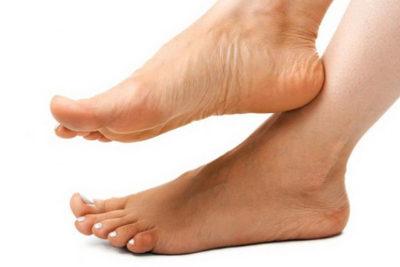 Почему ноги могут потеть и мерзнуть зимой
