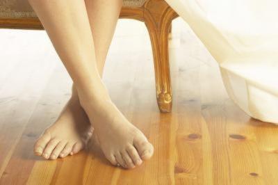 Что делать, если прыщи на ногах не проходят