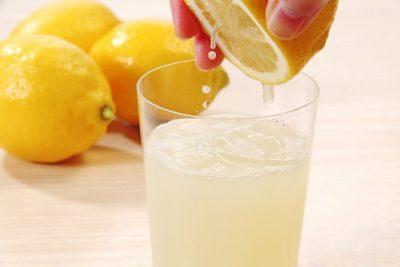 Лимонный сок — злейший враг прыщей!