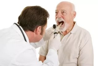 К какому врачу обратиться при появлении прыщей